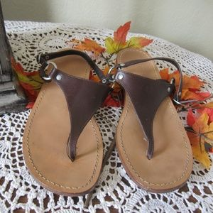 GAP Brown leather Thong Sandals size 9
